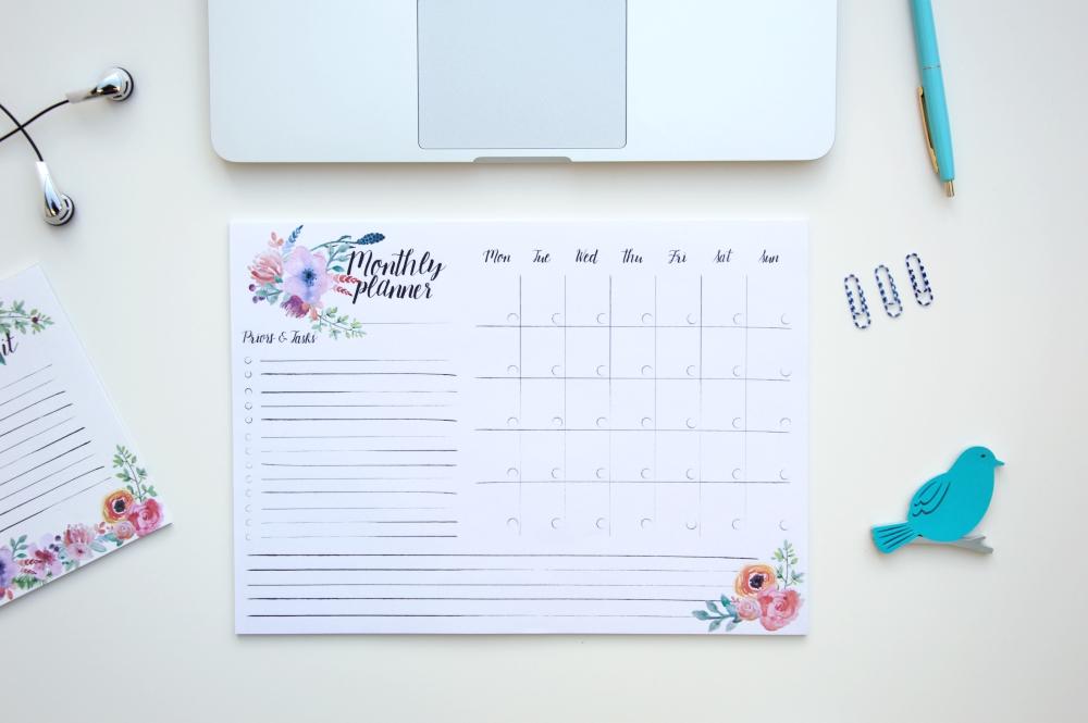 planer miesięczny a4 floral