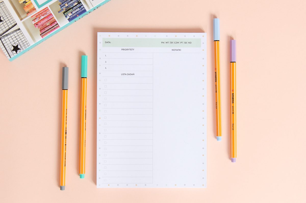 planer dnia z dużą ilością miejsca na notatki