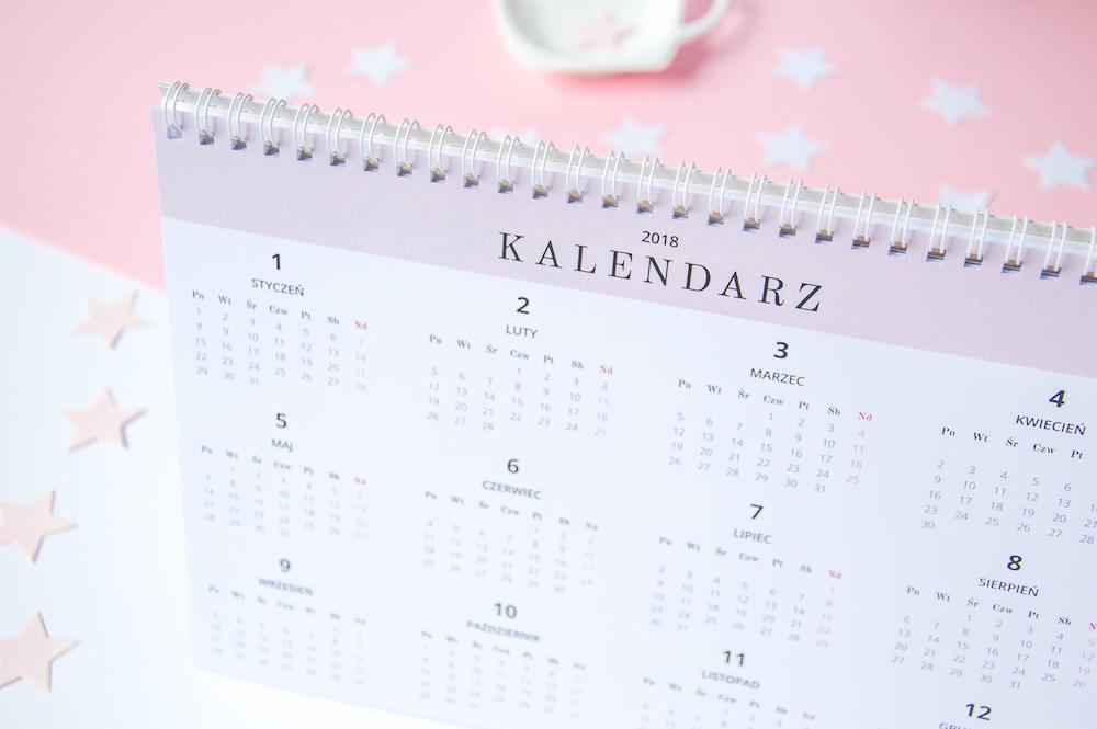 kalendarz planer na biurko miesięczny 2018