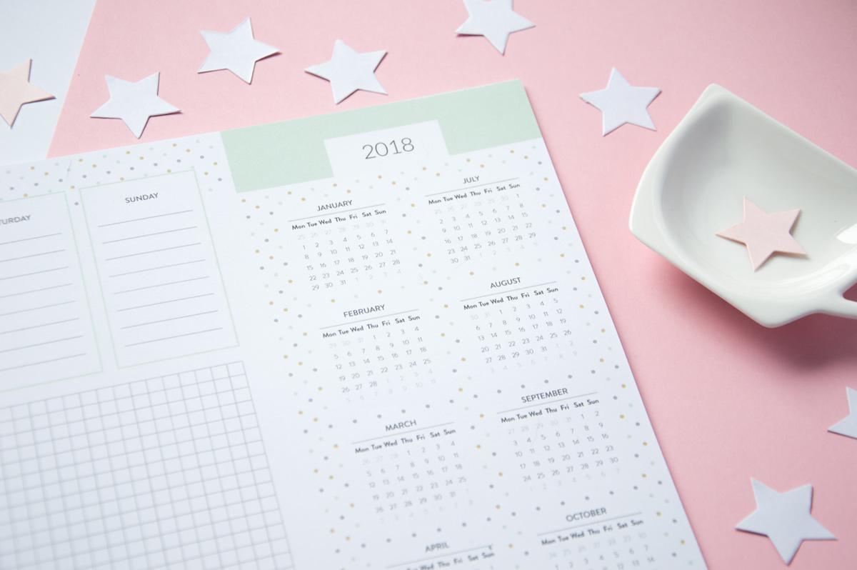 biuwar z kalendarzem 2018 z kartkami do pisania
