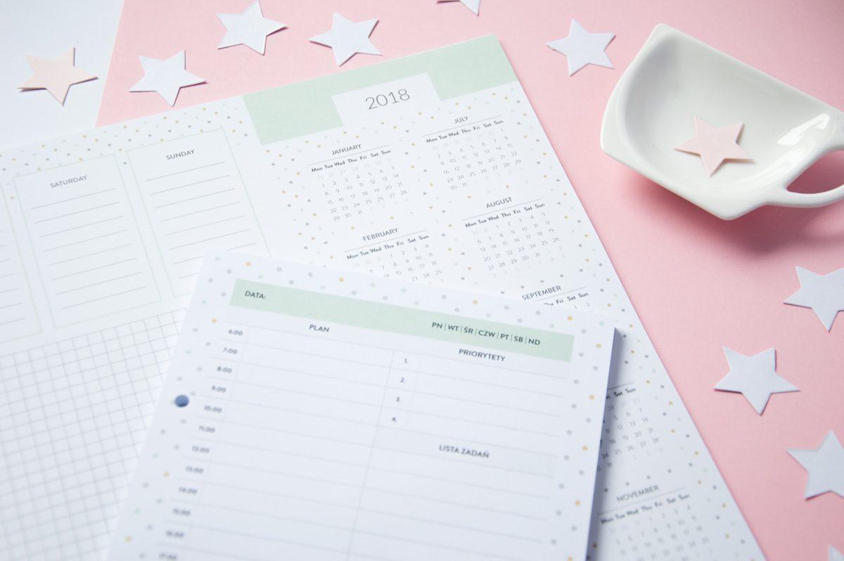planer dzienny i tygodniowy z kalendarzem 2018 biuwar