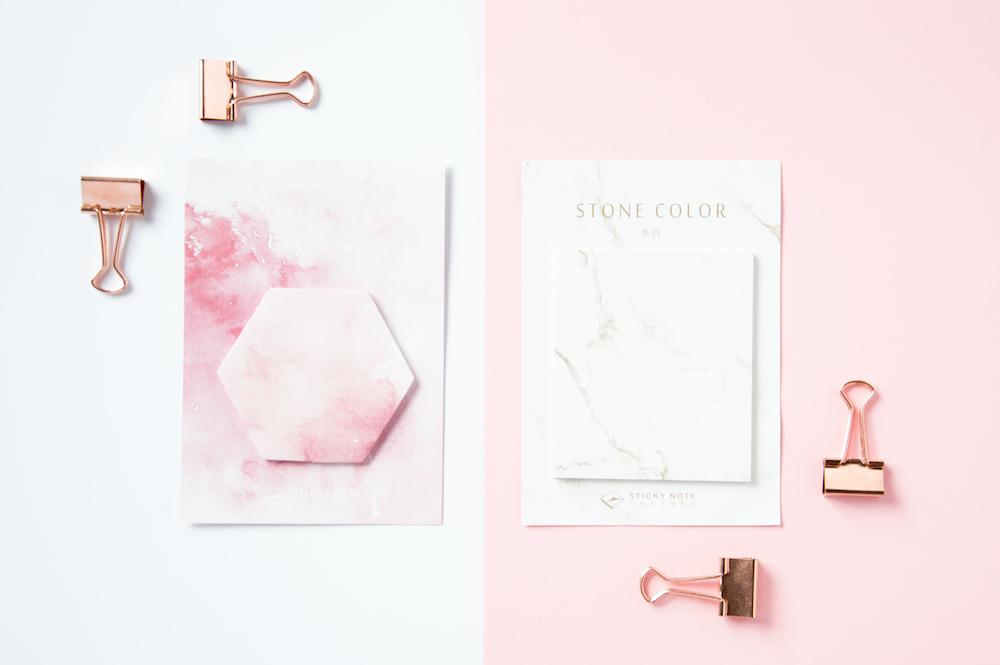 karteczki postit róż marmur