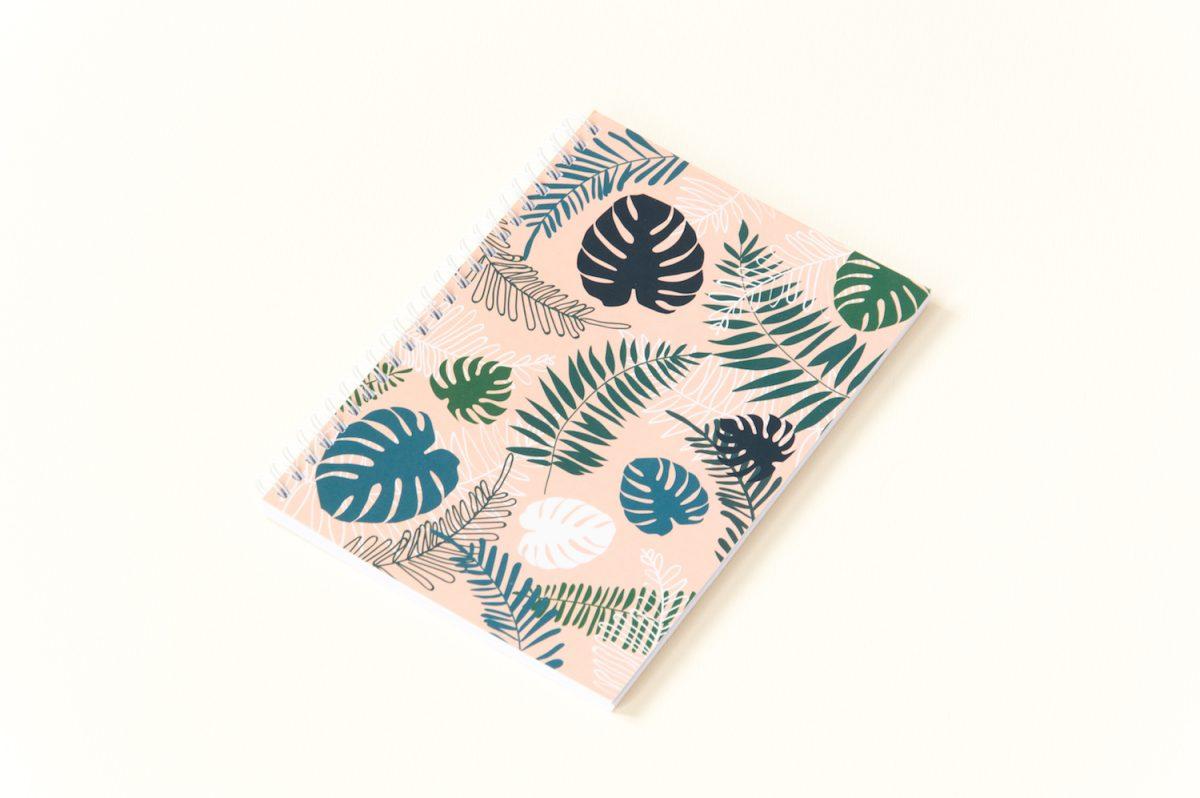 zeszyt w kropki bullet journal liście tropikalne