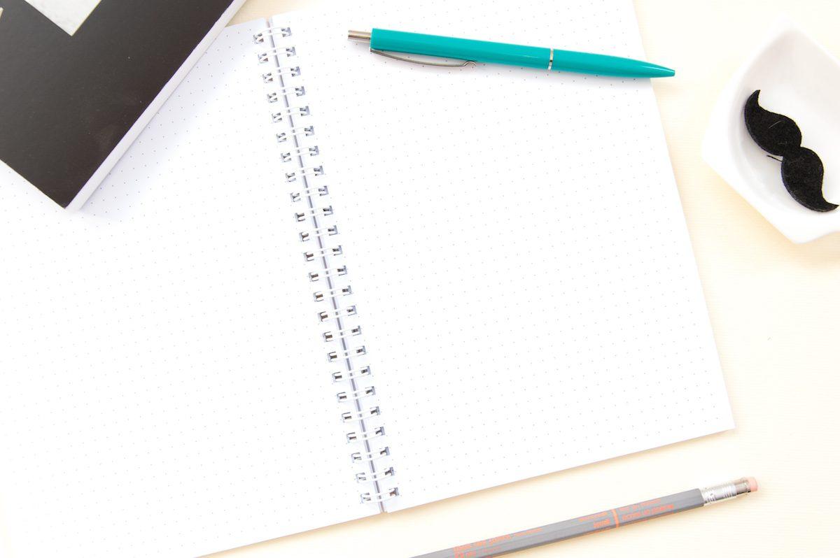 bullet journal zeszyt w kropki wnętrze
