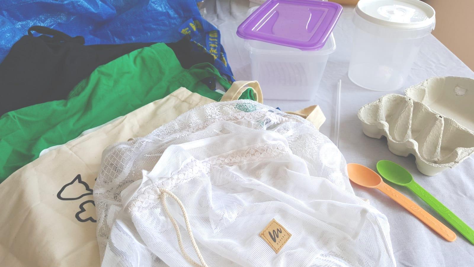 przynies swoje zero waste - 5 prostych sposobów, dzięki którym zaczniesz wyrzucać mniej śmieci