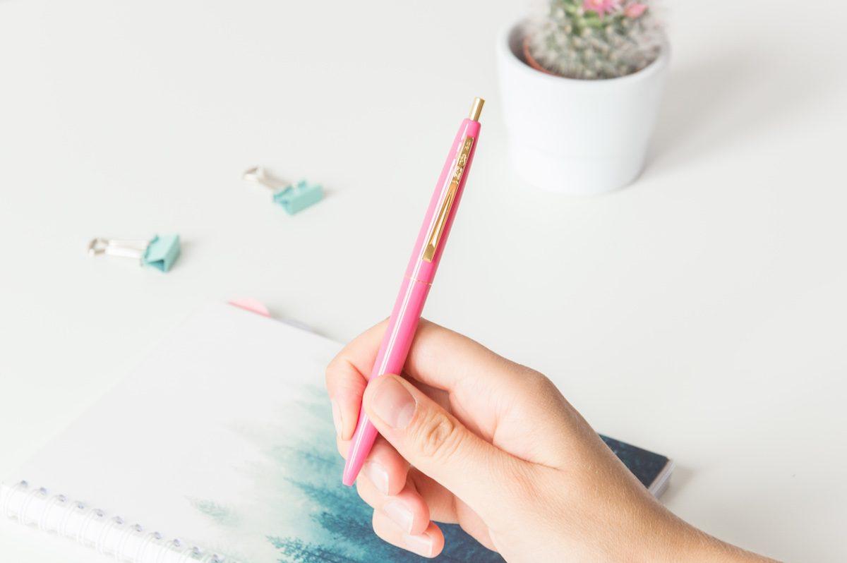 długopis bic clic gold malinowy
