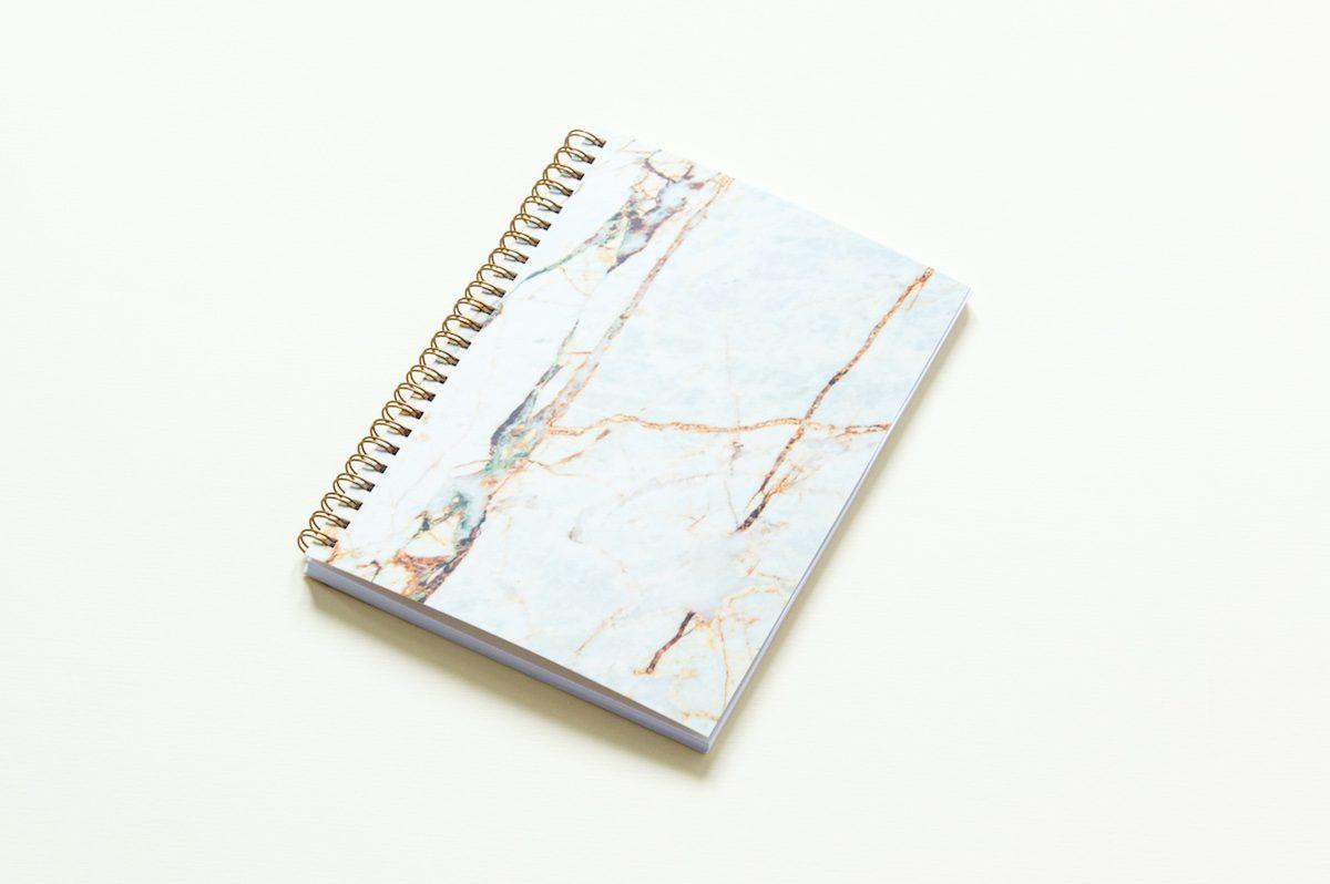 """zeszyt z kartkami w kropki bursztynowy marmur 1200x798 - Bullet Journal - zeszyt w kropki - """"Bursztynowy Marmur"""""""
