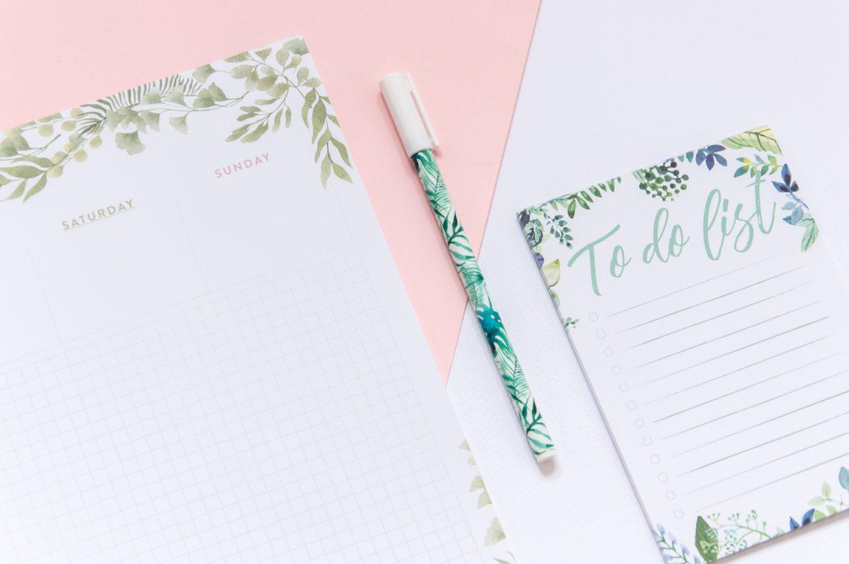"""dlugopis liscie tropikalne 1200x798 - Długopis żelowy """"Liście tropikalne"""""""