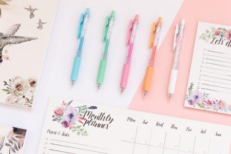 długopisy żelowe sarasa
