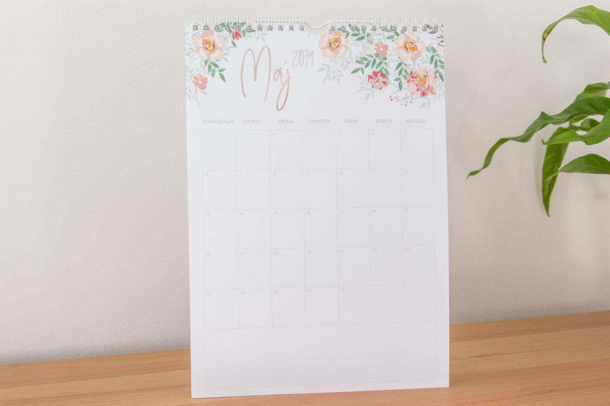kalendarz 2019 na ścianę spiralowany maj