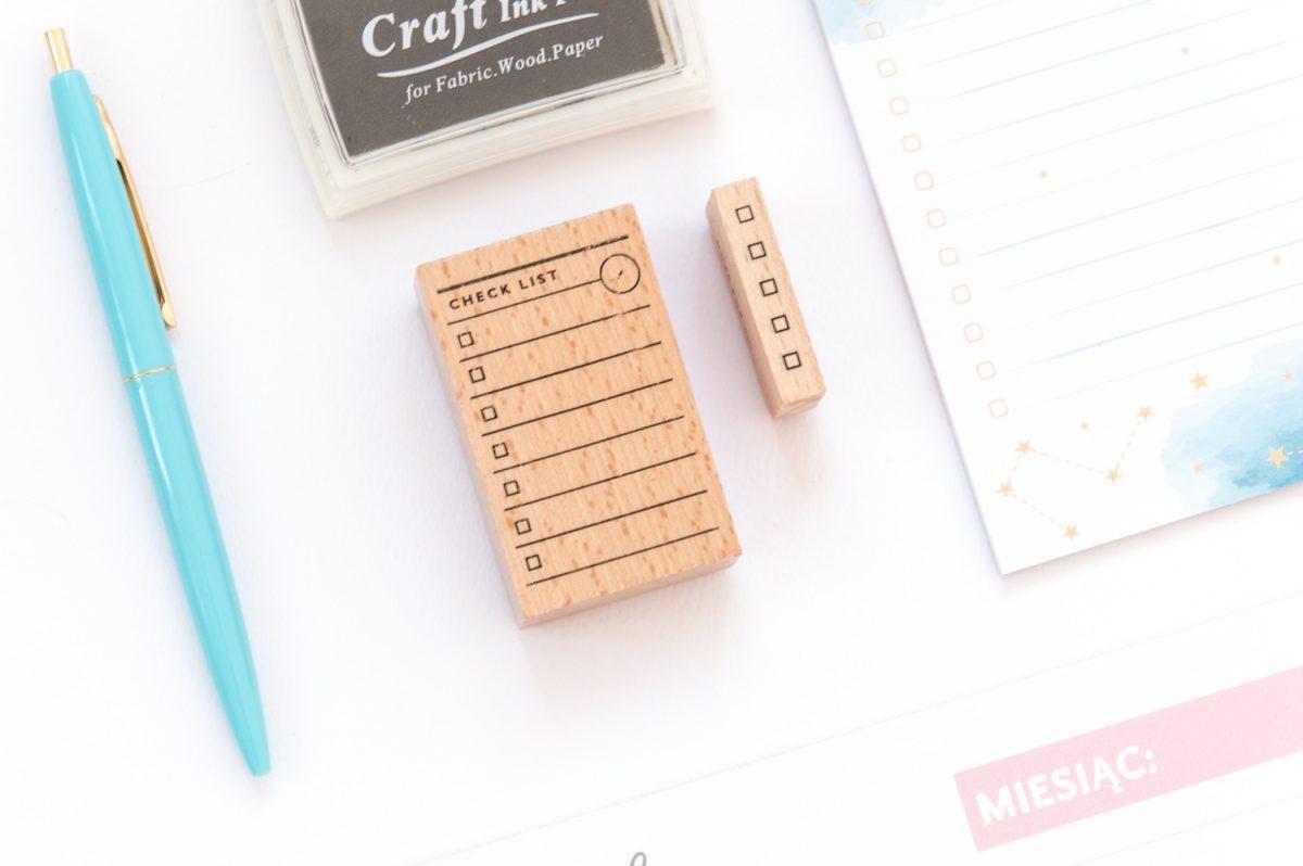 """pieczatka check list lista 1200x798 - Lista zadań """"Check List"""" - drewniana pieczątka"""