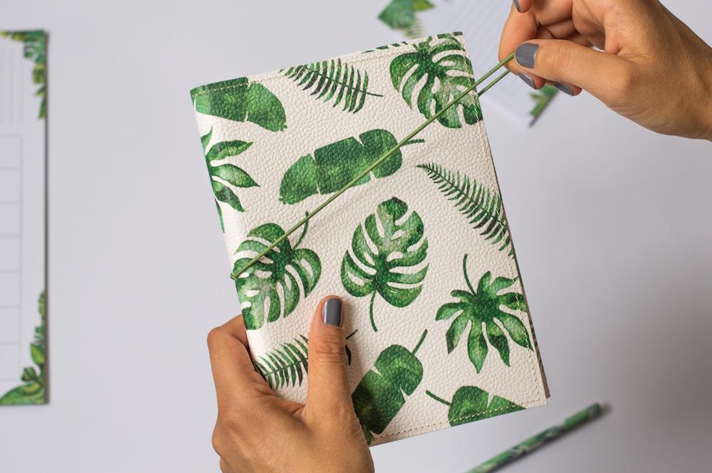 zeszyt w kropki tropikalny