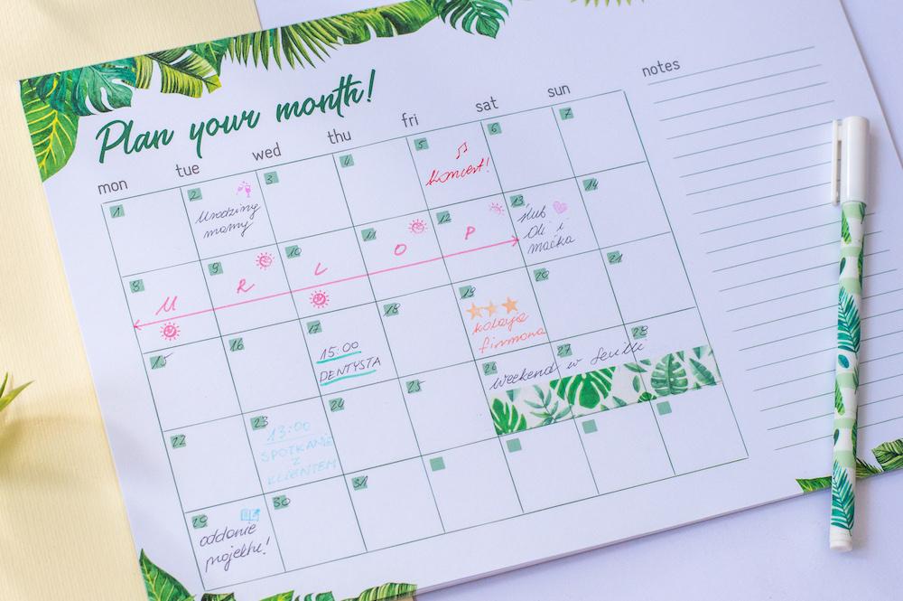 planer miesięczny tropiki