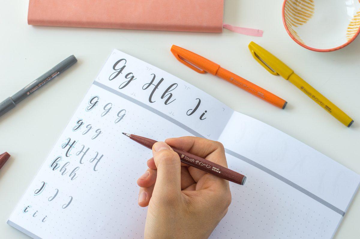 zestaw do nauki letteringu