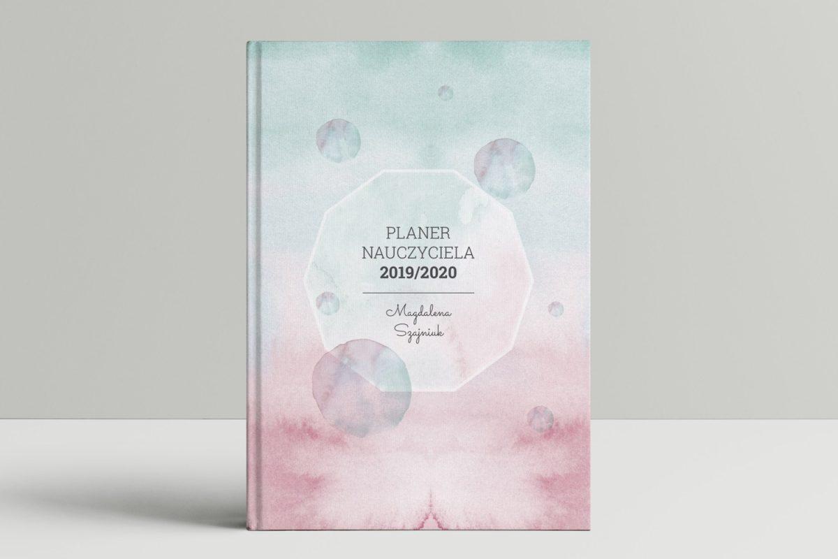 książkowy kalendarz nauczyciela okładka akwarela mockup