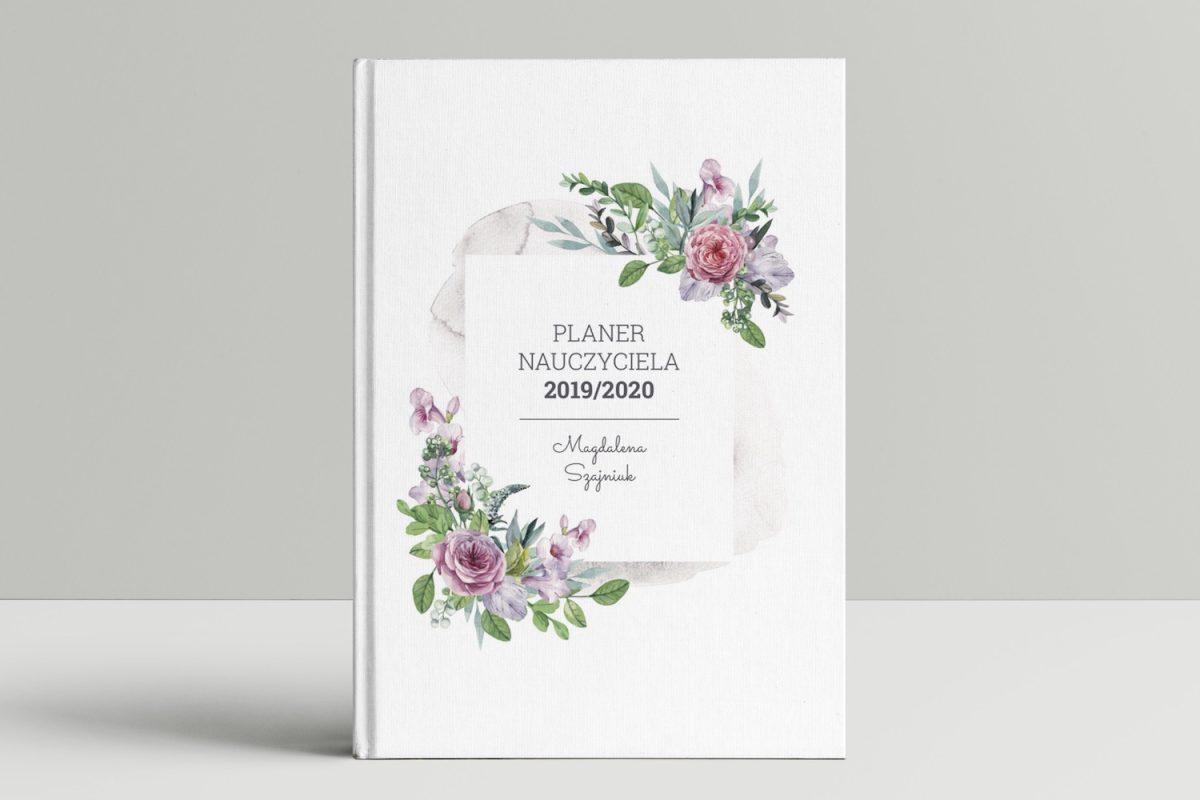 książkowy planer nauczyciela okładka kwiaty mockup