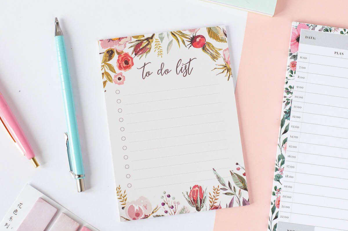 lista zadań, notes kwiaty