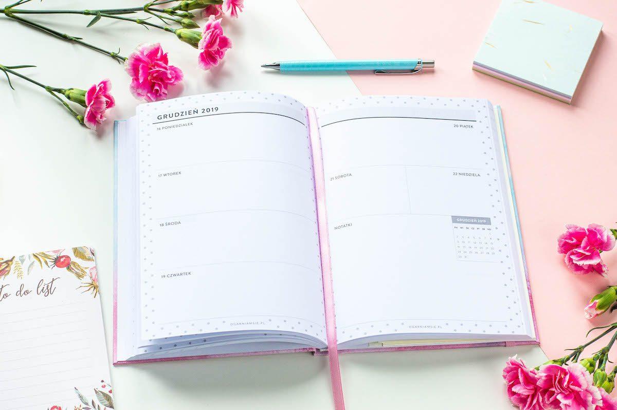 kalendarz nauczyciela książkowy środek 3