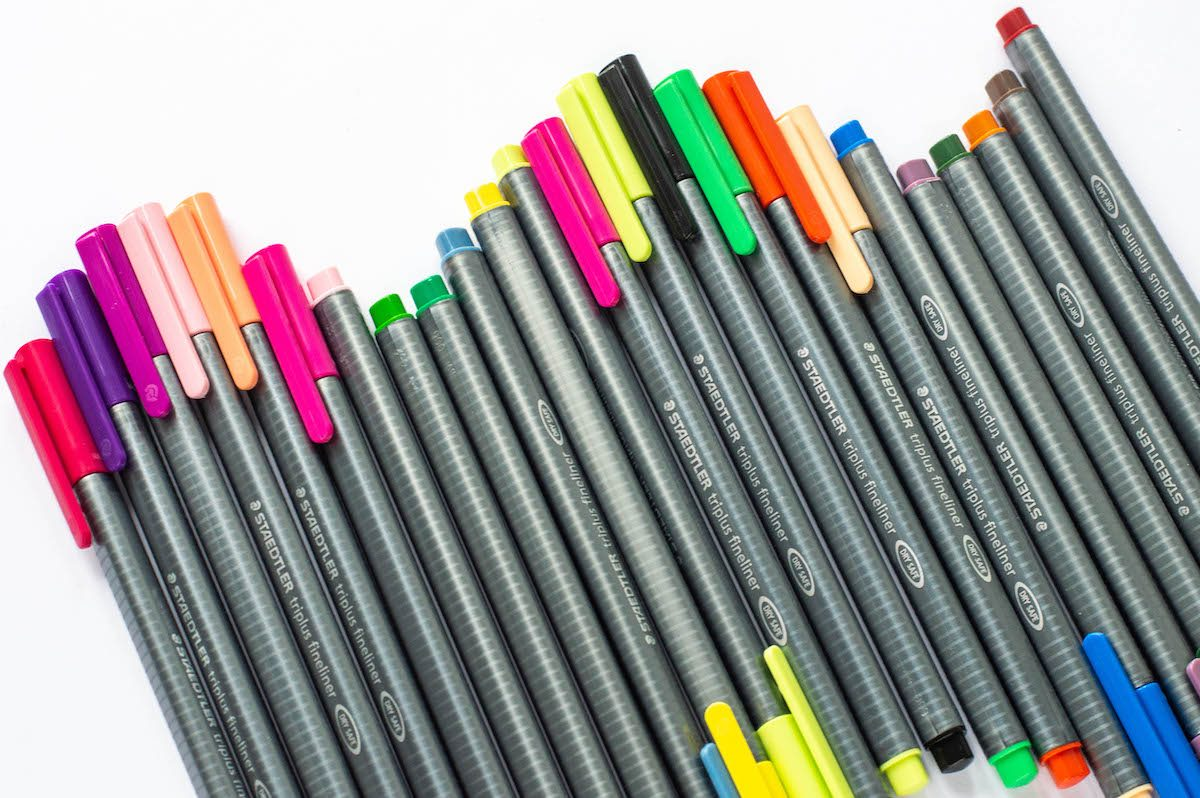 kolorowe cienkopisy Triplus pisaki