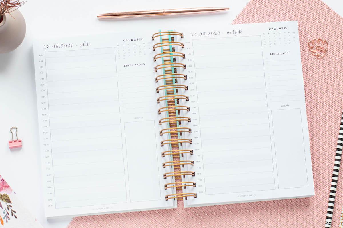 planer male uslugi planer tygodniowo weekendowy2 - Planer Ogarniam Biznes