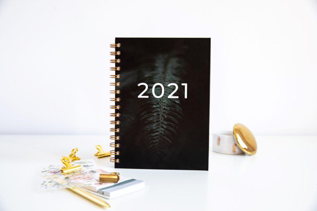 Personalizowany Planer 2021 okładka liść paproci w pionie