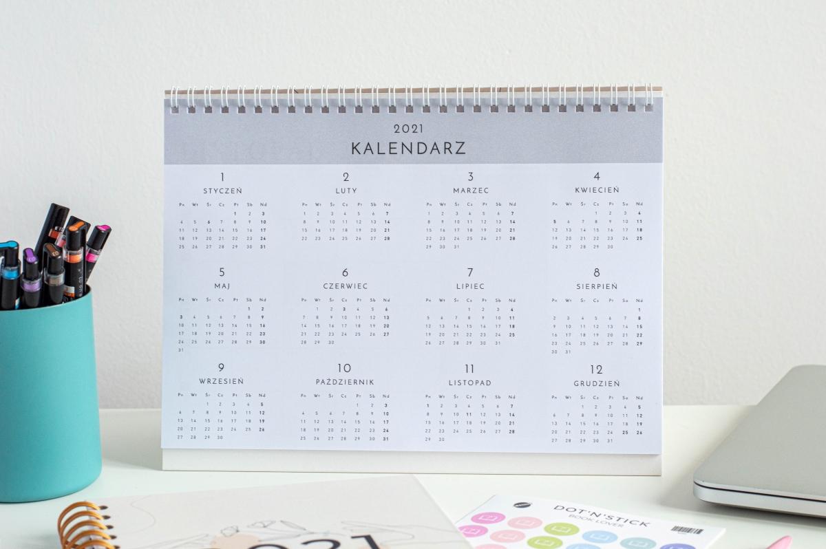 Planuję i działam kalendarz 2021 na biurko środek 2