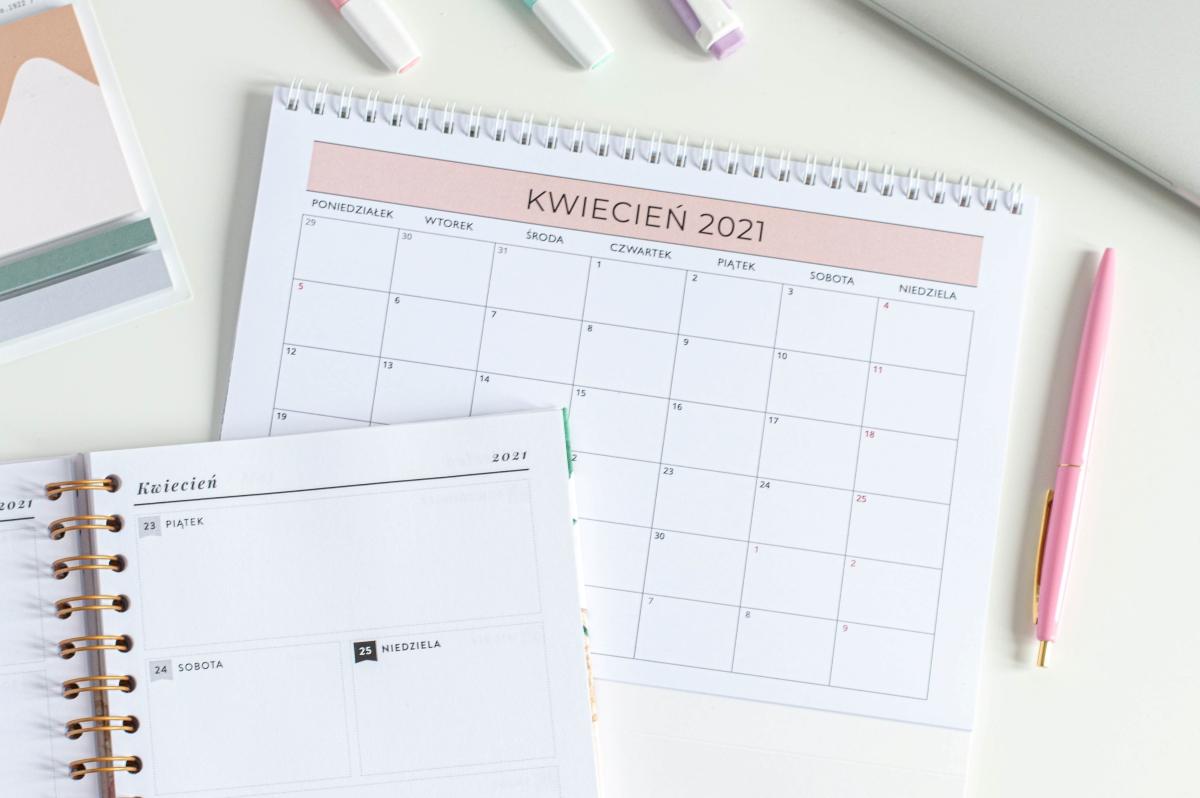 Planuję mój rok kalendarz 2021 na biurko środek
