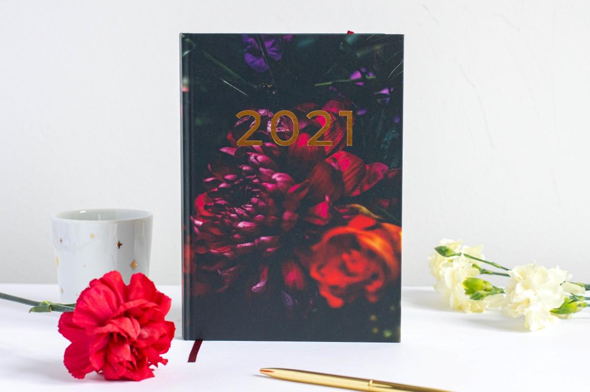 Okładka Dark Garden Planer Książkowy 2021