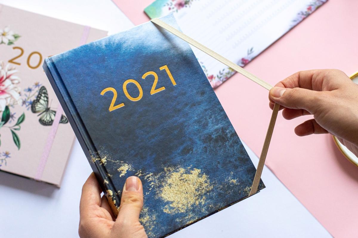 Gumka spinająca Planer Książkowy 2021