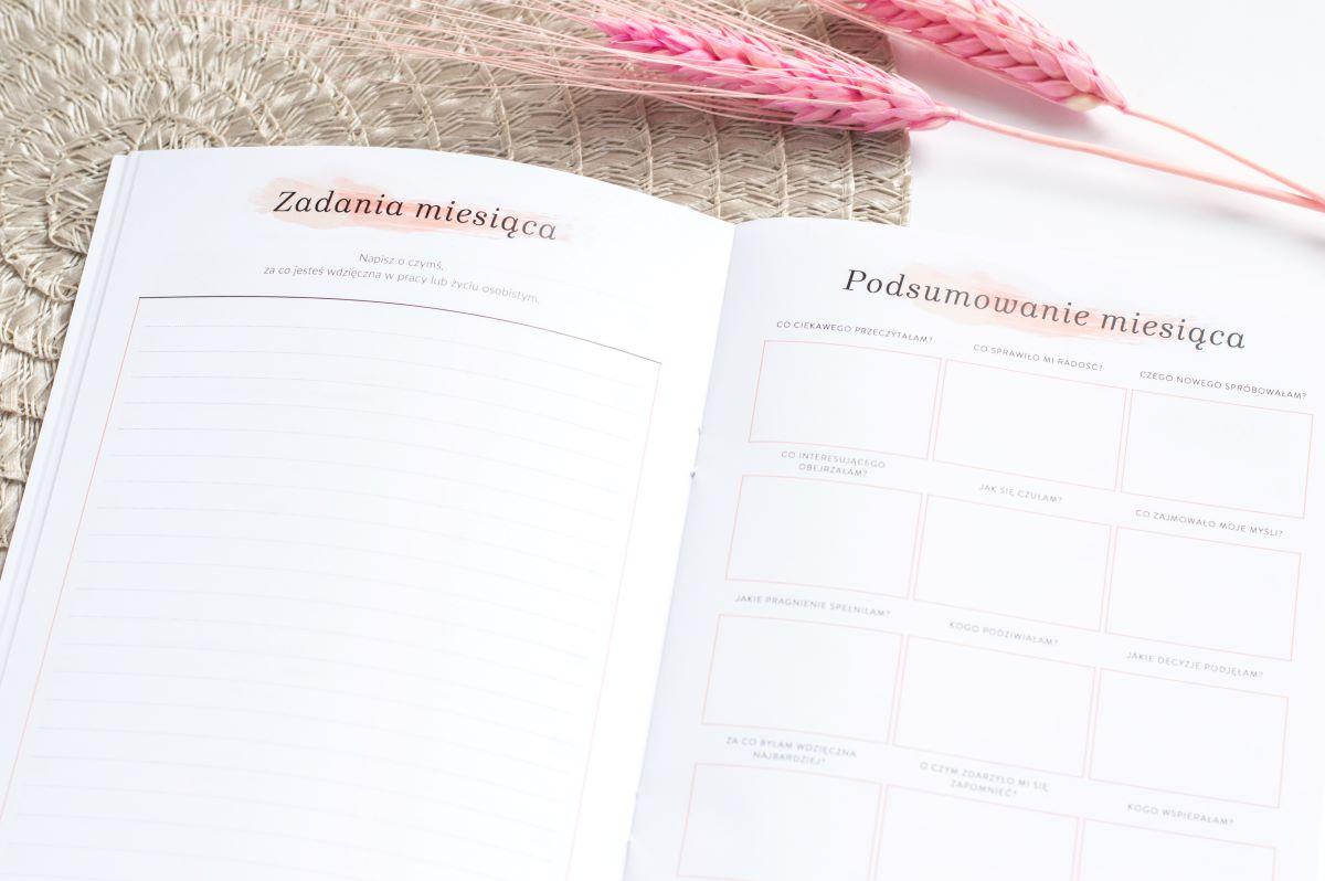 Mini planer wdzięczności zadania miesiąca podsumowanie miesiąca